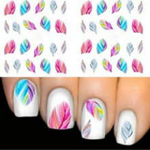 Colorful Autocollants de transfert de beauté Leopard eau Nail Art Conseils Feather Stickers
