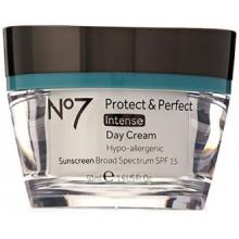 Bottes No7 Protect & Perfect Crème de Jour Intense (Spf15) 1.6 fl.oz (50 ml)